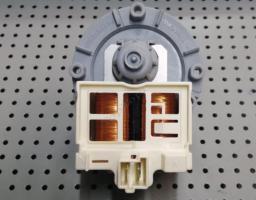 Помпа Askoll 25W 3 винта, фишка назад (Electrolux)