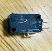 Микровыключатель СВЧ Samsung (три контакта)