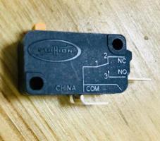 Микровыключатель СВЧ Самсунг 250V. 16A (два контакта)