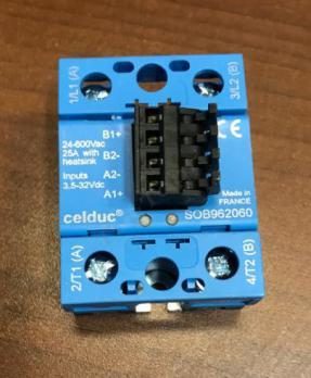 Реле твердотельное SOB962060 2х25А400V + Соединитель с рычагом 4Р 1Y044604
